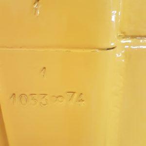 Número de carrocería, troquelada en la parte baja del pilar